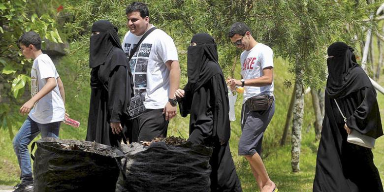 Promosikan Wisata Halal, Kemenpar Incar Turis Dari Negara Ini