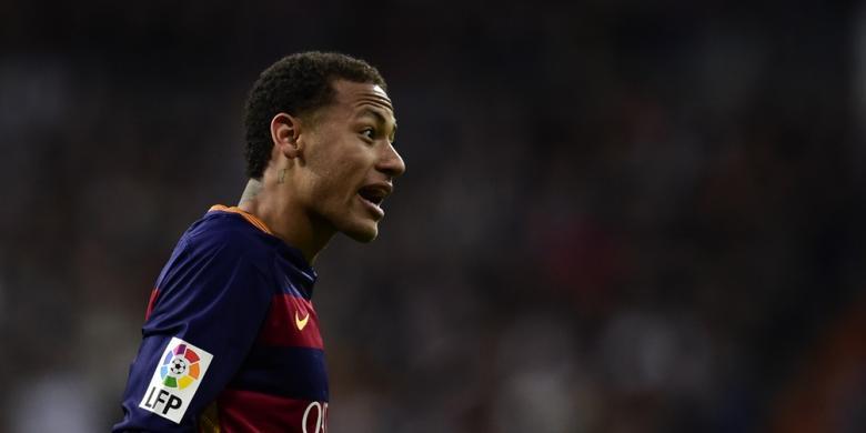 Ronaldinho Punya Nasihat untuk Neymar
