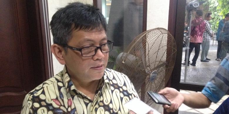 Beralasan Banyak Anggota Kelelahan, Baleg DPR Bahas RUU Tembakau Di Hotel