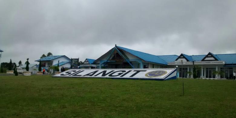 1200532 FkM o1P780x390 » Memompa Air Liur Di Tanah Batak, Horas!