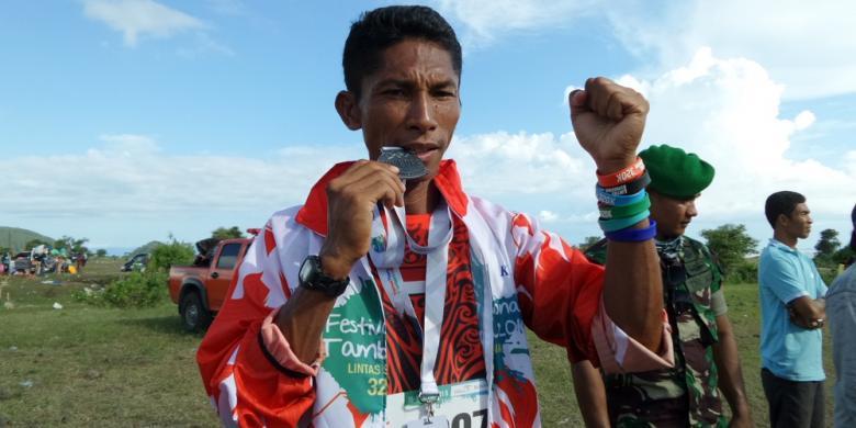 Pelari Ambon Matheos Berhitu Siap Tampil Di Lomba Lari Rinjani 100 Km