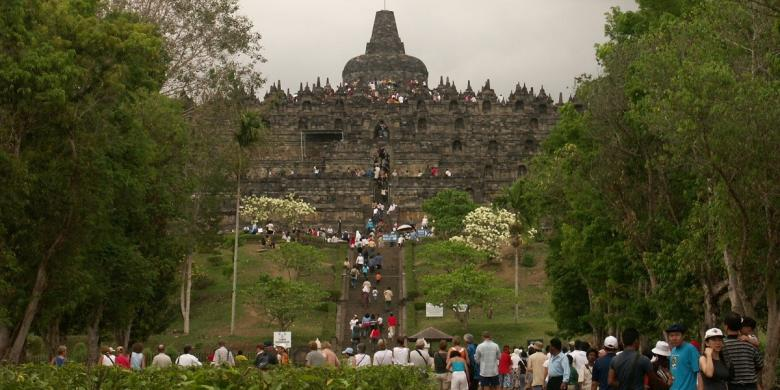 Pakai Aplikasi Ponsel, Pengelola Candi Borobudur Akan Batasi Wisatawan