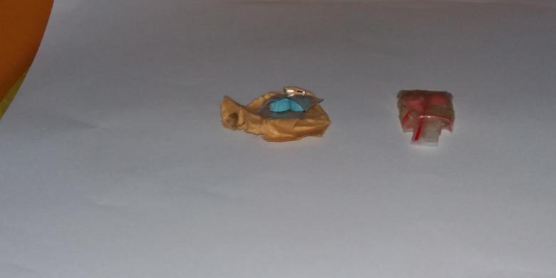 barang bukti benda mirip sabu dan pil ditemukan BNN dalam penggeledahan ruang kerja Bupati Bengkulu Selatan, Dirwan Mahmud/Kompas.com