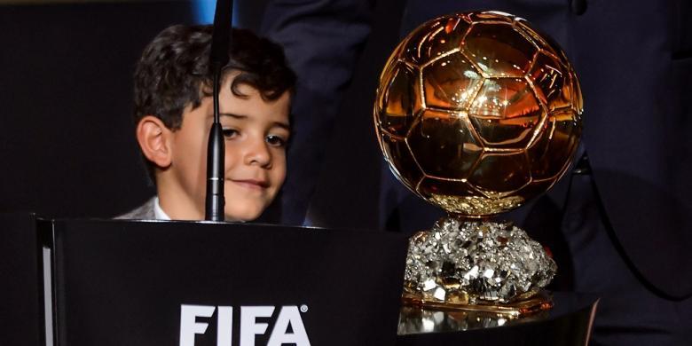 Kelakar Putra Ronaldo soal Kecepatan Gareth Bale
