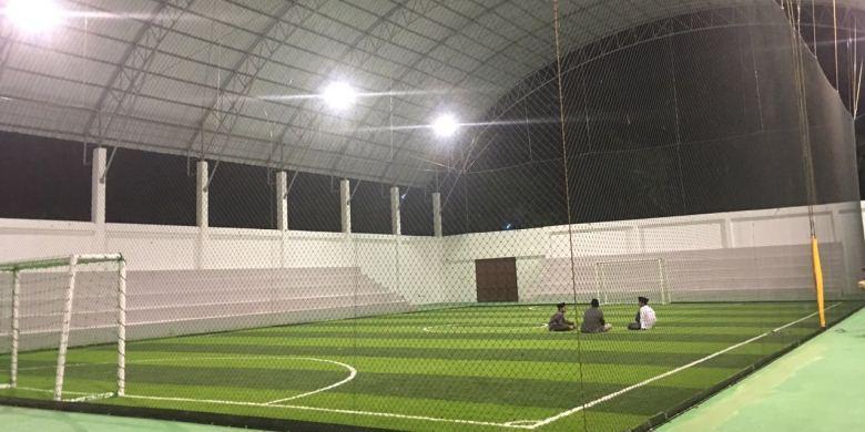 Ponpes Dapat Lapangan Futsal Sintetis