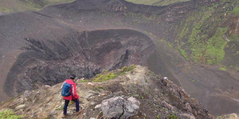 5 Gunung Pilihan Untuk Didaki Di Indonesia