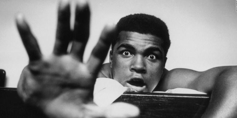 Obama Puji Ali Sebagai Orang Teguh Pendirian
