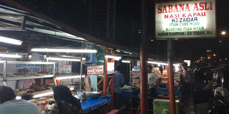 """Sahur Nasi Kapau Di Kramat Raya, """"Lamak Bana""""!"""