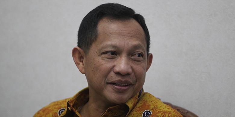 Tito Terima Kedatangan Komisi III DPR Di Kediamannya