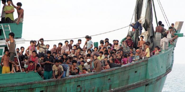 Pada 20 Mei 2015, ratusan migran tiba di Aceh, termasuk warga etnis minoritas Rohingya, Myanmar.