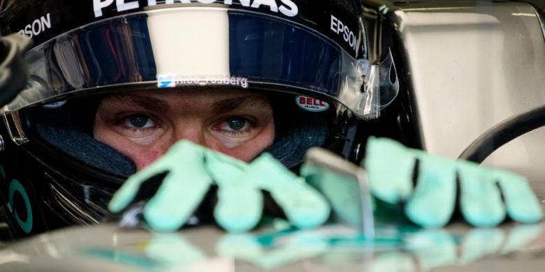 Rosberg Dan Vettel Terkena Penalti Turun 5 Posisi Start