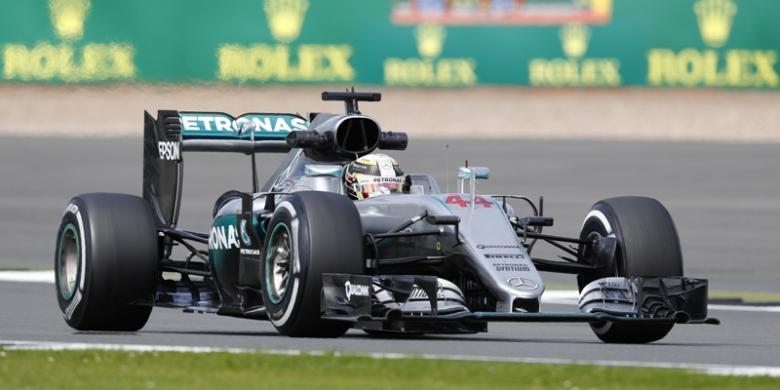 Hamilton Masih Tercepat Ketika Rosberg Tidak Bisa Turun