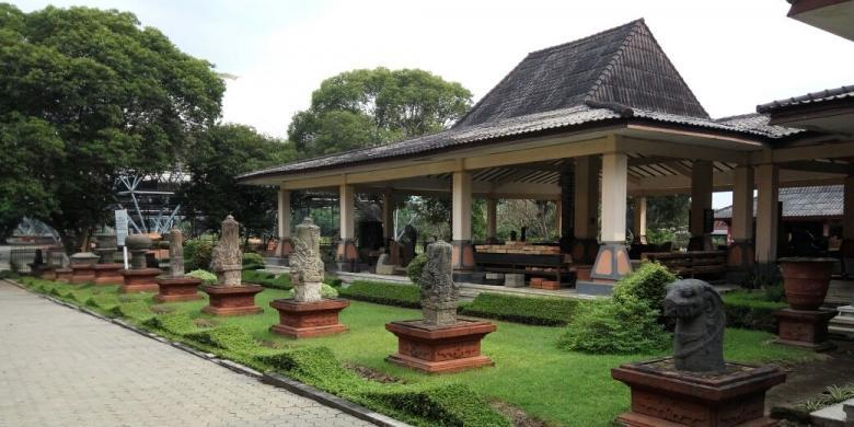Sepenggal Majapahit Di Museum Trowulan