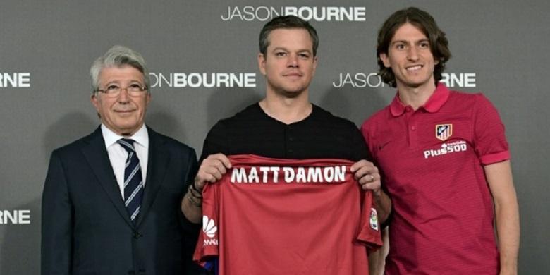 """Atletico Madrid """"Kontrak"""" Matt Damon"""