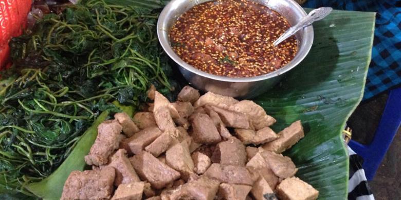 "Pedas Dan Manis Goyang Lidah Ala Kuliner ""Ndeso"" Brambang Asem"