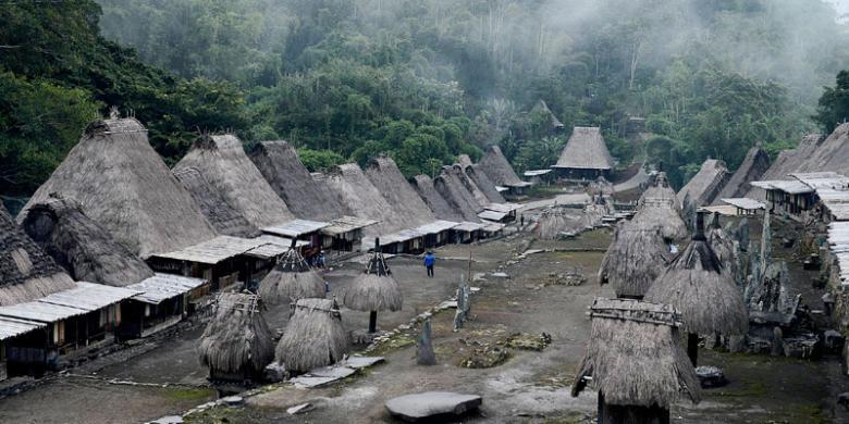Kampung Bena Memberi Kesan Mendalam Bagi Peserta Jelajah Sepeda