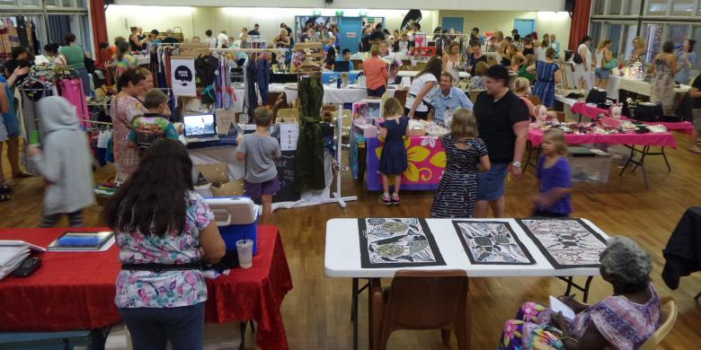 """Sunday Market"", Tempat Berbagi Cinta di Nhulunbuy Australia"
