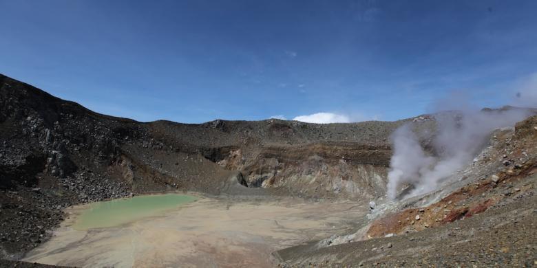 Aktivitas Gunung Egon Meningkat, Warga dan Wisatawan Diimbau Tidak Mendekat di Radius 1 Km