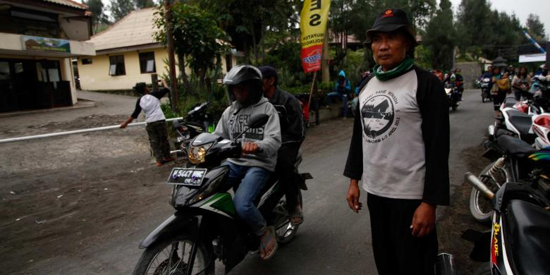 Pria Berusia 60 Tahun Ini Bertualang Kelilingi Indonesia Selama 28 Tahun
