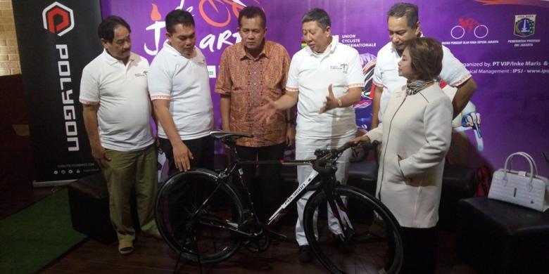 Sabtu, Pebalap Sepeda Dari Berbagai Negara Serbu Thamrin Dan Sudirman