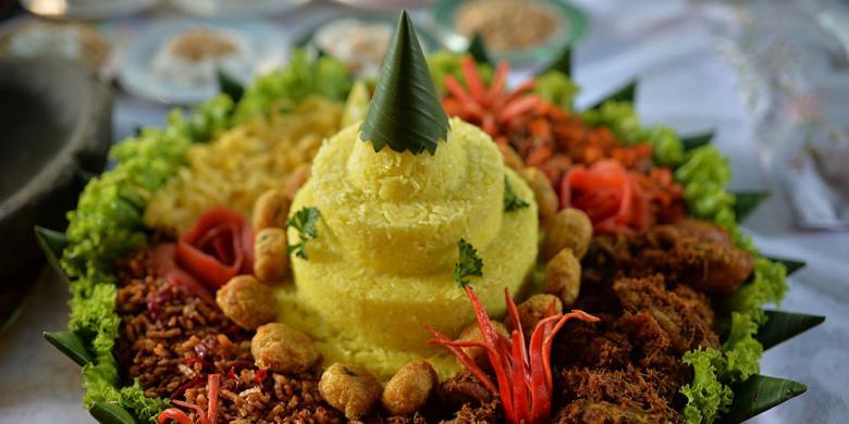 Kenapa Nasi Tumpeng Jadi Elemen Penting Perayaan Di Indonesia?