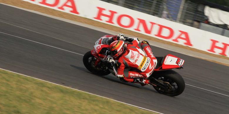 4 Pebalap Astra Honda Racing Team Berlaga Pada Seri Ke-4 ARRC Di Sirkuit Sentul