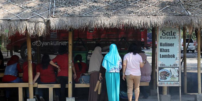 0819541restorann1780x390 » Liburan Ke Lombok? Mesti Cicipi Sate Bulayak