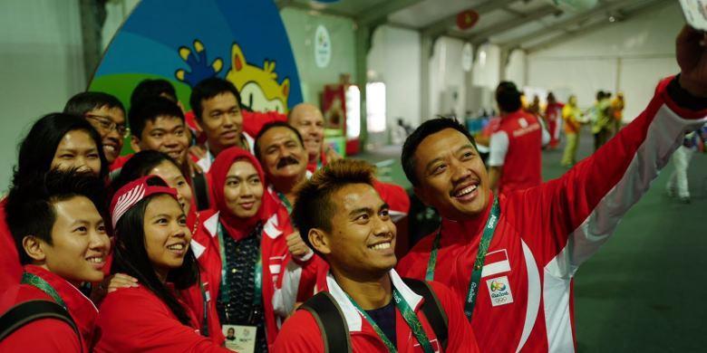 Tim Bulu Tangkis Indonesia Masuk Perkampungan Atlet