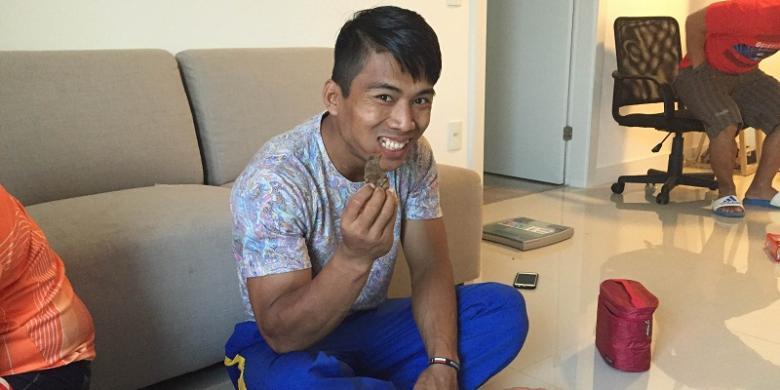 Daging Dan Bubur Kacang Hijau, Camilan Favorit Lifter Indonesia