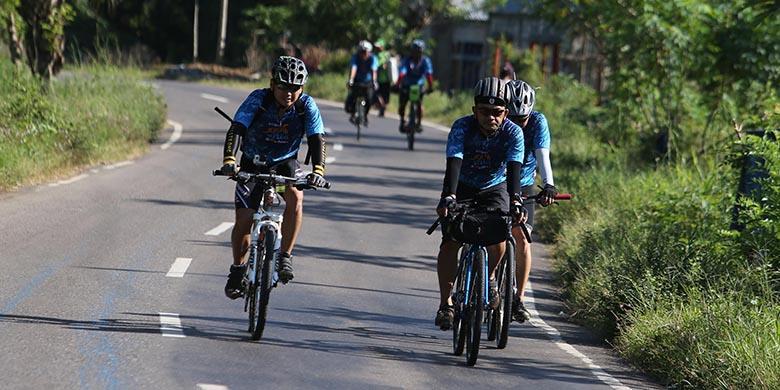Hari Kedua Jelajah Sepeda Flores Timor