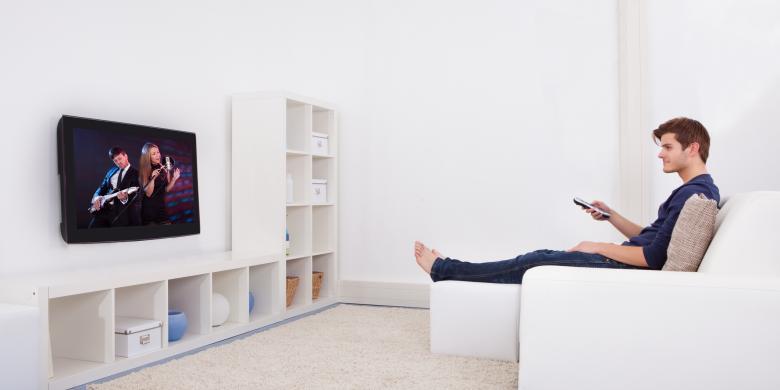 Apa Kaitan Sering Nonton TV dan Kesuburan Pria?