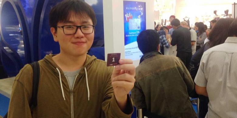 Demi Promo Tiket Singapore Airlines, Pengunjung Ini Rela Menginap Di Mal