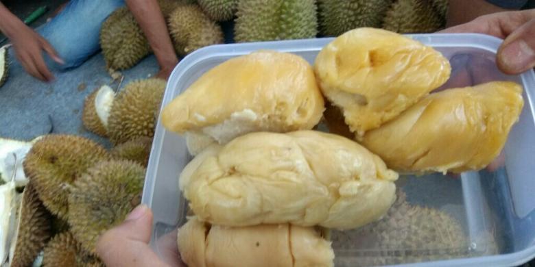 Durian Sidikalang Manisnya Maksimal