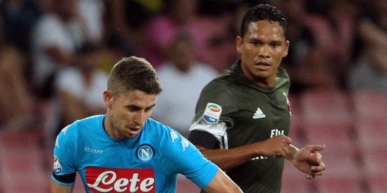 Dua Kartu Merah Warnai Kemenangan Napoli atas Milan