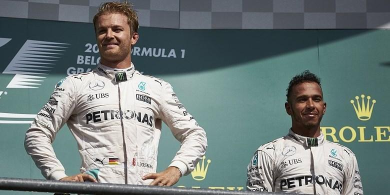 Rosberg Kaget Hamilton Naik Podium