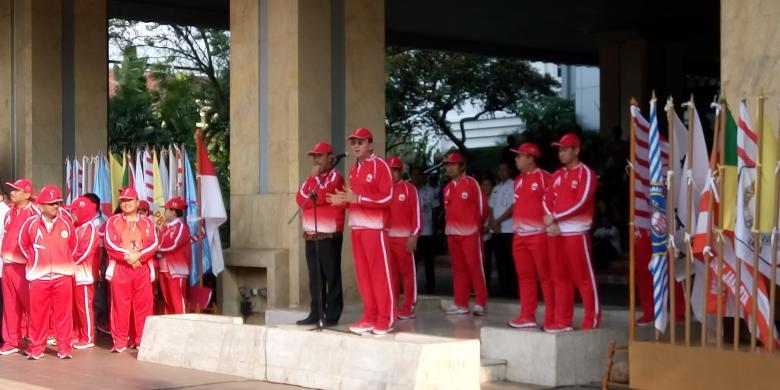1721108852 686319454983378310 DSC 0506780x390 » Lepas Kontingen PON, Ahok Bicara Asian Games