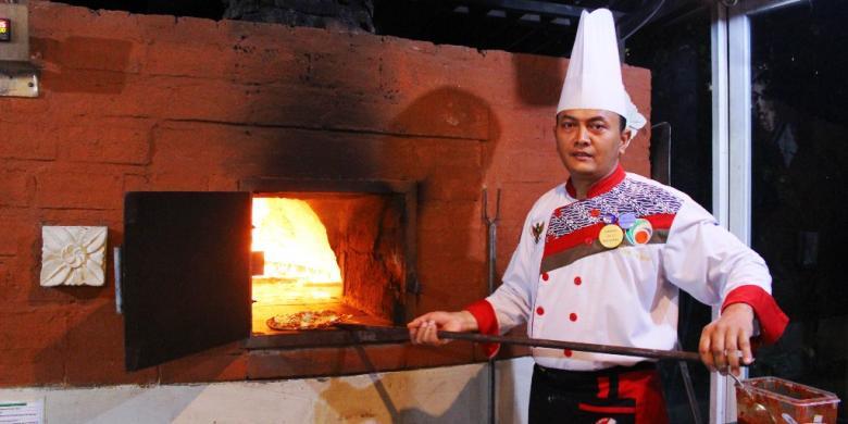 Ini Perbedaan Pizza Kayu Bakar Yang Legendaris Dengan Pizza Biasa