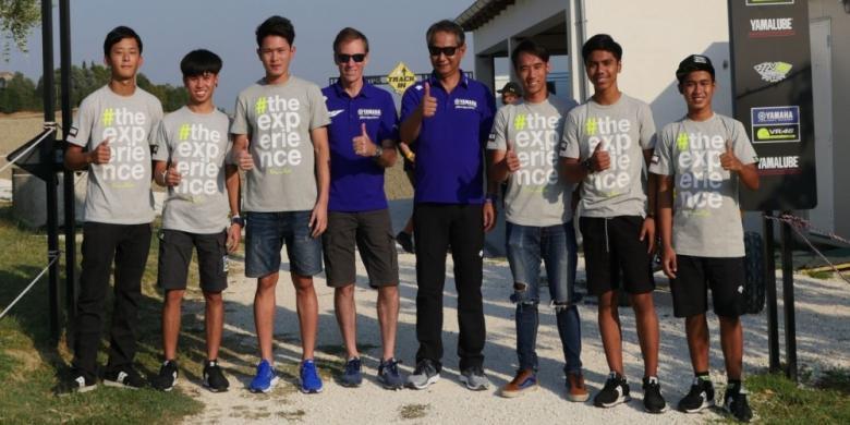 Imanuel Dan Galang Kembali Sambangi Markas Valentino Rossi
