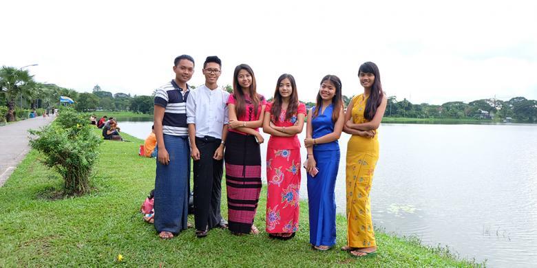 """Inya Lake, Tempat """"Nongkrong"""" Muda-mudi Yangon"""