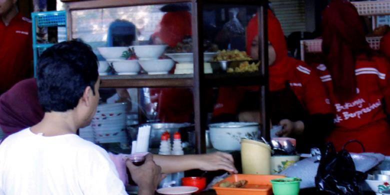 Soto Rekonsiliasi dari Surakarta video viral info traveling info teknologi info seks info properti info kuliner info kesehatan foto viral berita ekonomi