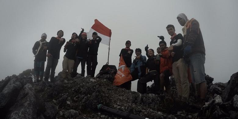Aksa 7, Film Pendakian 7 Gunung Tertinggi Di Indonesia…