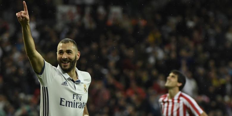 Mengapa Benzema dan Hazard Tidak Masuk Nominasi Peraih Ballon d'Or?