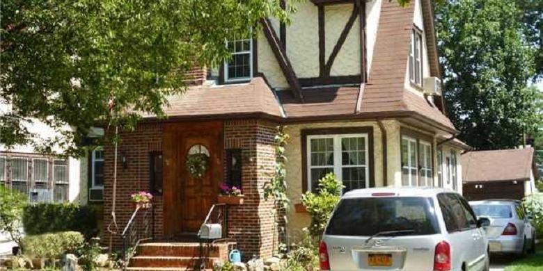 Ini Rumah Masa Kecil Donald Trump