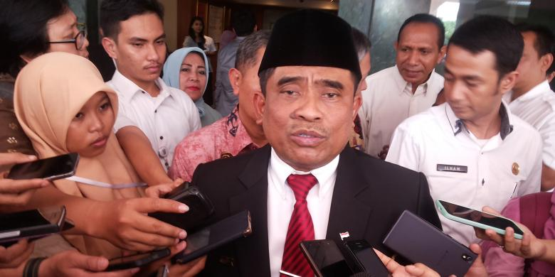 Hasil gambar untuk plt gubernur dki