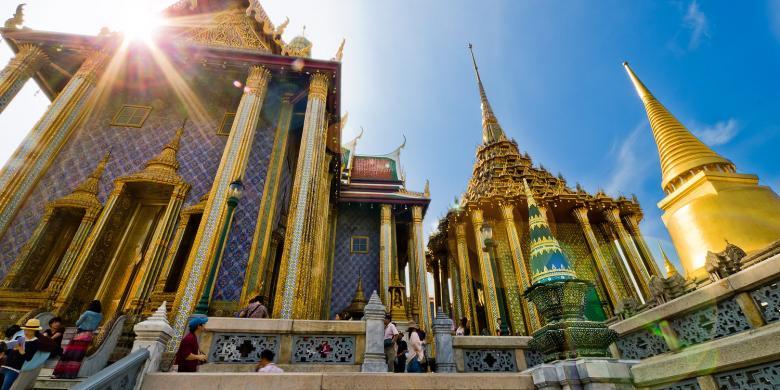 Liburan Ke Bangkok, Lombok, Dan Bali Gratis? Ikuti Kontes Foto Ini…