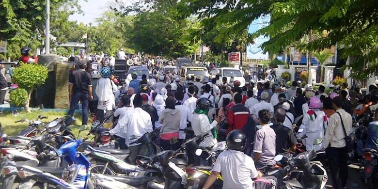 Demo 4 November Sejumlah Toko Di Bima Tutup Kompas Com