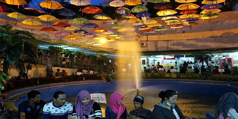 "Warna-Warni Terowongan Kota Tua Jakarta, Spot Yang ""Instragamable"""