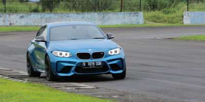 Test drive Performa BMW M2