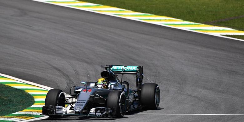 Mercedes Kuasai Latihan Kedua GP Brasil