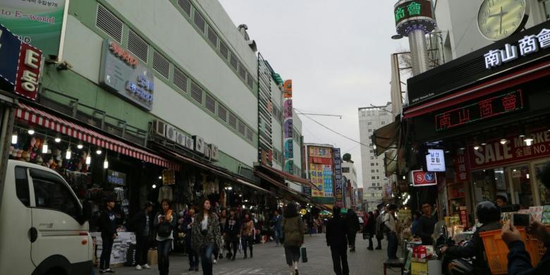 Belanja Murah Di Seoul, Coba Mampir Ke Pasar Namdaemun